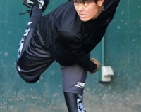 【阪神】望月「ケガしない体づくり」で生き残る 体幹鍛え腰痛再発&ケガ防止へ