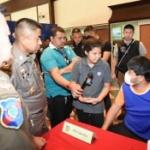 【中国】タイ・バンコクで中国人観光客が「物乞い」で稼ぐ!中国人男女6人を逮捕 [海外]