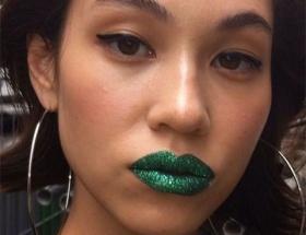 水原希子「セクシーな緑の唇」が国内外で絶賛wwwwwww