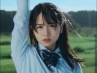 【日向坂46】上村ひなの新たな可能性!『何度でも何度でも』MVで見せたいつもと違う表情が話題に。