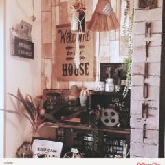 木目柄クッションシート壁インテリア♪DIY好きお客様の施工実例