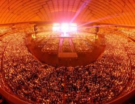 ラブライブの東京ドームが超満員wwwwwwwwww