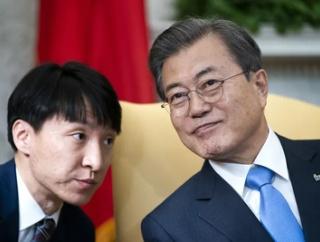 【悲報】文大統領「菅首相との電話会談」真っ先に提案⇒日本政府「ちょっと待って」「このあとで」結果8番目www