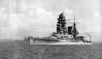 海軍の雑用係で戦艦「長門」にも乗艦していた曾祖父の軍隊生活を淡々と語っていく