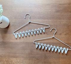 【セリア】超省スペースの洗濯ピンチハンガーが便利!