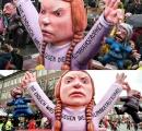 ドイツでグレタさんのろう人形お披露目、活動に「感心した」と制作者