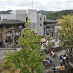 【日本全国にコロナ土産】集団感染中の京都産業大学の馬鹿達が海外旅行に行った理由wwwwwwwwwwww