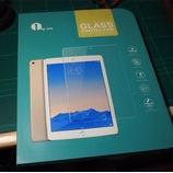 『iPad Air 2に貼るフィルム 1byoneのipad Air用ガラス保護フィルム とAnkerのスーパースリム 合皮レザーケースを付けた話しよう。』の画像
