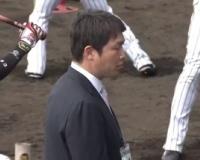 【阪神】新井さん、宜野座キャンプに登場!