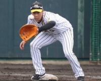 【悲報】阪神大山悠輔さん、ファーストの練習を始める