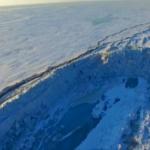 【動画】中国、ロシアとの国境の氷結湖に高さ20m級の「氷の万里の長城」が出現! [海外]