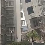 【動画】中国、どーすんのこれ !? ビル解体作業中に起こった絶体絶命の大ピンチ!