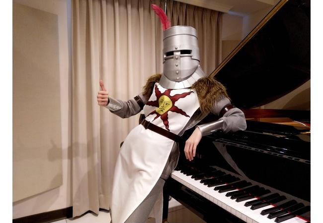【画像】コスプレピアノさん、訳がわからなくなる