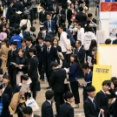 日立、新卒者の「通年入社」認める 留学など自己研さん促す