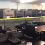 『4階の役員家具や応接セット、パーテーション売り場をリフォーム中です。』の画像