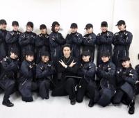 【欅坂46】紅白『ガラスを割れ!』のダンサーさんって全員女性だったんだな!