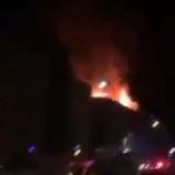 『トルコでM6.8の地震発生。ガス漏れで建物から火災発生』の画像