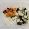 「ゴロゴロ野菜のキーマカレー」と「マヨ薄焼き卵」のスピード弁当