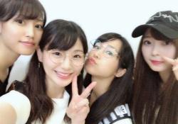 この梅マヨ、めっちゃ可愛いなw 梅澤美波、舞台共演者とのプライベート写真がコチラ!【乃木坂46】