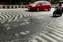 【国際】インド熱波、死者800人超に 首都で道路溶ける