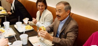 韓国さん「米韓関係よりハンバーガーが重要なのか?」
