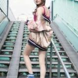 『【乃木坂46】エッッ!!??梅澤美波のスカジャン姿でセクシー美脚グラビア・・・』の画像