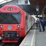 『新列車続々』の画像