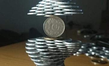 【神】コインを積み続ける人が新たな境地へwwwwこの人一体どこまで…