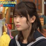 『【乃木坂46】授業を受けるセーラー服姿の岩本蓮加・・・可愛すぎだろ・・・』の画像