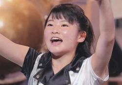 美少女集団ハロプロ研修生のメンバー加賀楓ちゃんの口の中が唾液でネッチョリしてる!