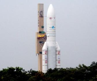 < #`Д´ >「フランスのせいでウリナラの衛星打ち上げ延期ニダ!」