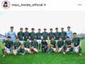 本田望結、進学した青森山田高サッカー部と集合写真「皆んなに負けない生徒に」