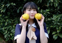 桃?柚子? 大園桃子、曽於市Twitterで可愛らしい笑顔wwwww