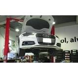 『【スタッフ日誌】Audi S6セダンのオイル交換作業を行わせ頂きました』の画像