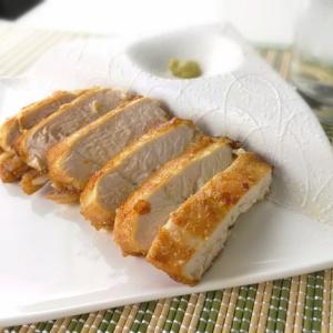 シンプルな味付けで♪鶏むね肉の丸揚げ焼き