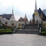 『【バンコク観光】ワット・ヤーンナーワー 寺院名が3回も変わった珍しい船形の寺院』の画像