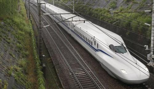 日本の新型新幹線「N700S」が営業運転を開始(海外の反応)