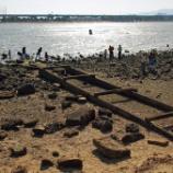 『甲子園浜に広がる遺構を探索』の画像