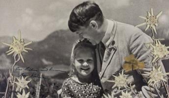 ヒトラーはユダヤ系少女と仲良しだった… ニッコニコで少女と映った写真競売に