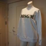 『MSGM(エムエスジーエム)刺繍入りロゴトレーナー』の画像