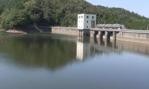 ティルコネイルの貯水池よりは大きい三河湖へ行ってきた