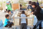 第二京阪国道の高架下で『ピザ窯』作ってた!@かたのカンヴァス