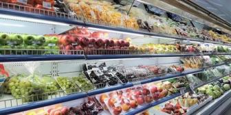 スーパーのレジでかごを置こうと思った瞬間店員がグイっと引っ張るのが嫌い。