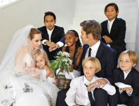 ブラピとアンジェリーナ・ジョリーの家族wwwwwwwwww