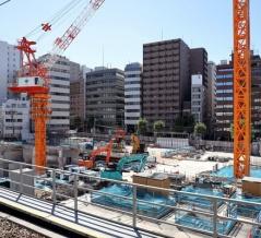 ゆうぽうとの建替え!地上20階「五反田計画(仮称)」の建設地の様子!既存構造物が迫力満点の工事現場です(2021.7.18)