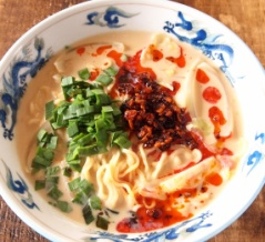【インスタントラーメンアレンジレシピ】ヘル死ー!「豆乳坦々麺」