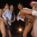 スレンガーギャル「さとう遥希 大槻ひびき」JK制服着衣のまま屋外で乱交プレイ!ルーズソックスをはいた女子高生二人と激しく感じるエッチしちゃいます