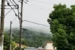 前線霧かも。大雨の後に霧!?山がモヤで少し隠れていた~大雨後の私市山手の山並みの景色~