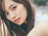 【乃木坂46】梅澤美波1st写真集の先行カットがキタ━━━(゚∀゚)━━━!!!
