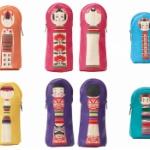日本の伝統工芸品「こけし」が飾れるポーチになってガチャに登場!「立体こけしけーす」